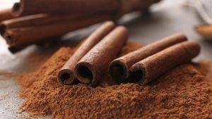 170807181545-herbs-and-spices-cinnamon-super-169